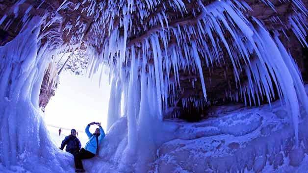 Cuevas lago de hielo