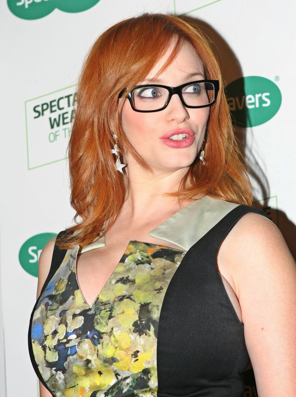 The doctor admits that Christina Hendricks looks sexier with big breast and  voluptuous body figure. But in other hand Dr. Jennifer Walden says that  breast ...