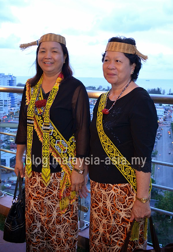 Kayan Women Photo