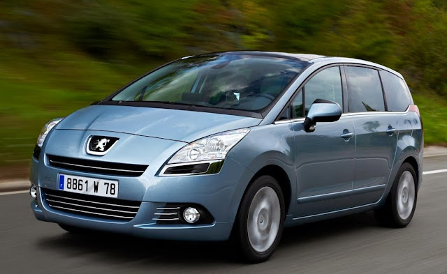 Peugeot 5008 Pictures