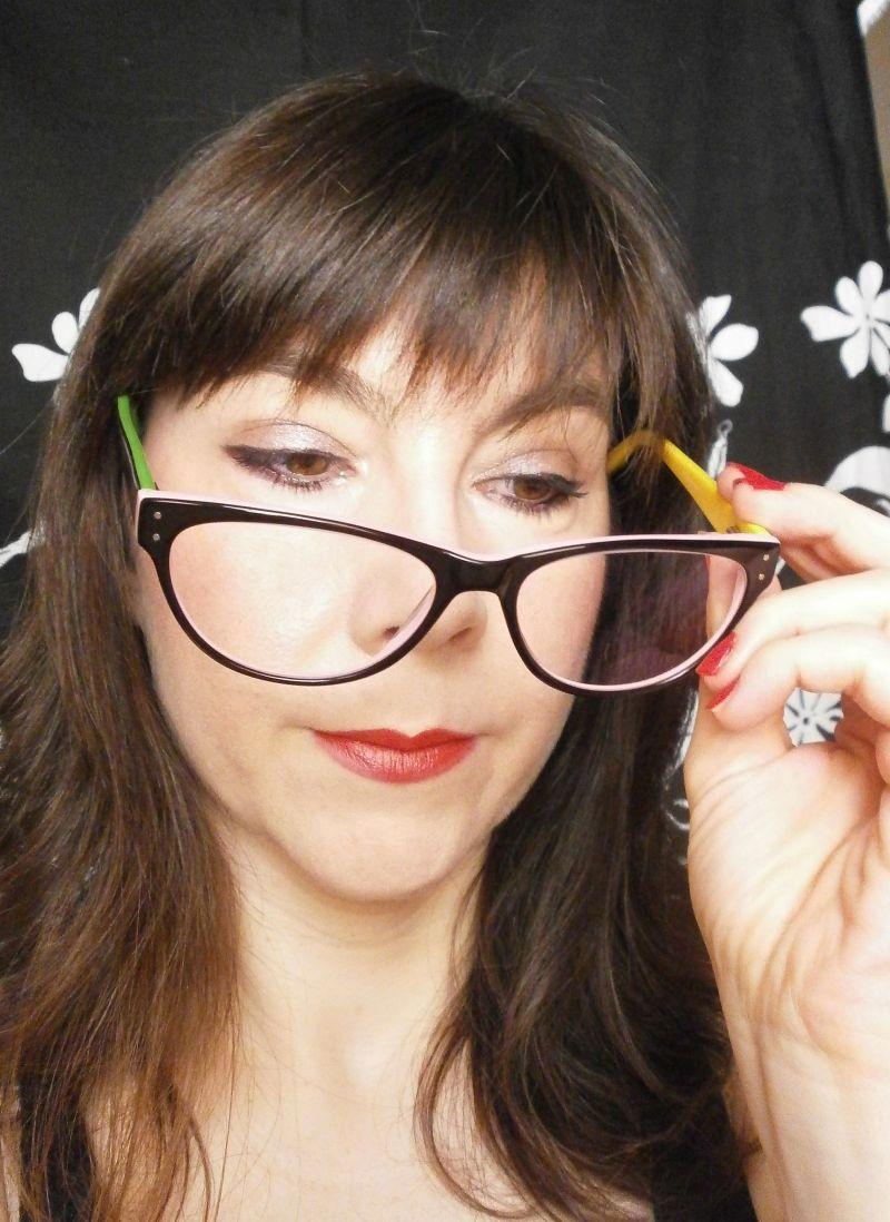 Miss Potingues: Mis nuevas gafas de Firmoo entre lo retro y lo pop.