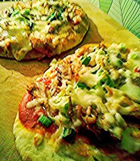 http://cupcakeluvs.blogspot.dk/2014/04/naan-pizza.html