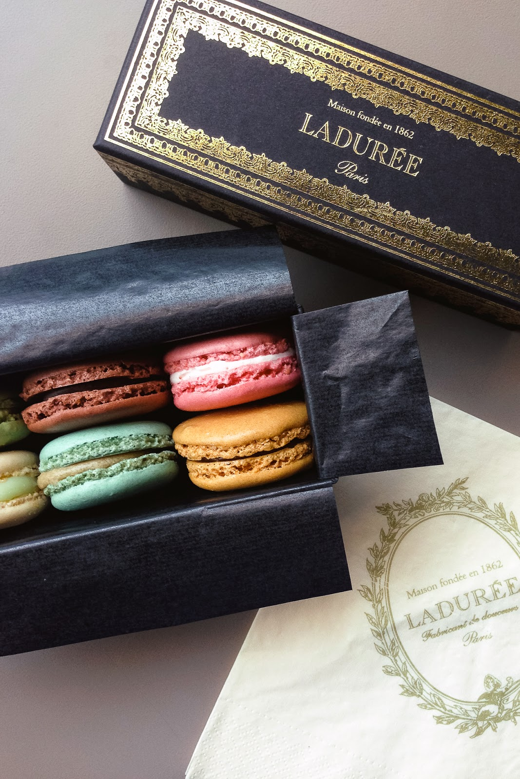 Macarons from Laduree / blog.jchongstudio.com