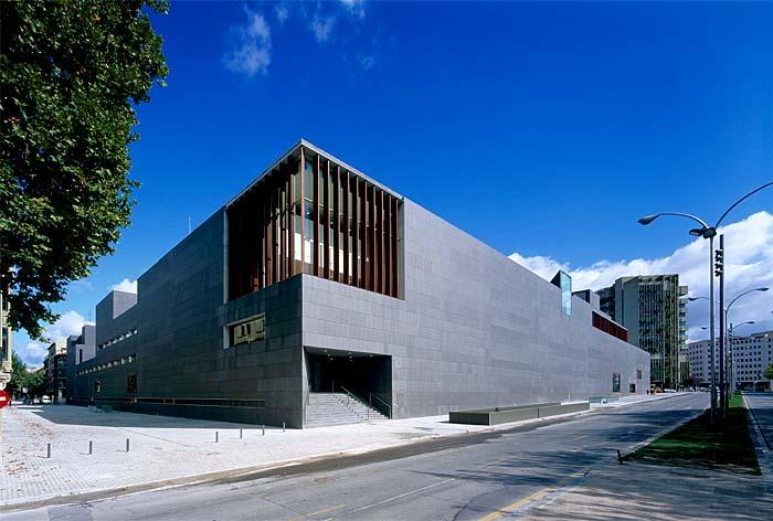El c rculo de bellas artes repasa la obra for Architettura moderna e contemporanea