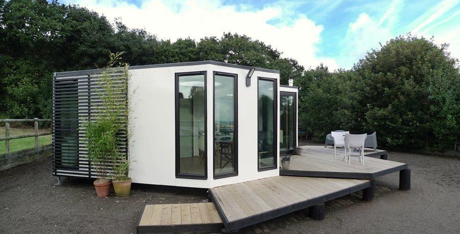 Morexless hivehaus hexagonal modular living spaces by for Modular living space