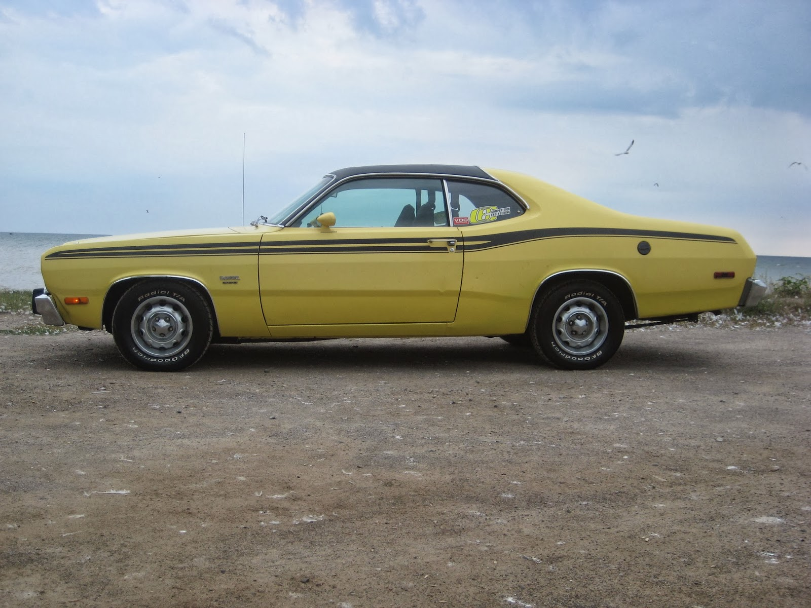 File:Plymouth Duster (Les chauds vendredis '13).JPG - Wikimedia ...