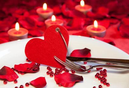أفكار مميزة لتزيين المنزل في عيد الحب  - coeur