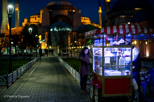 Bagel street seller and Hagia Sofia on the background