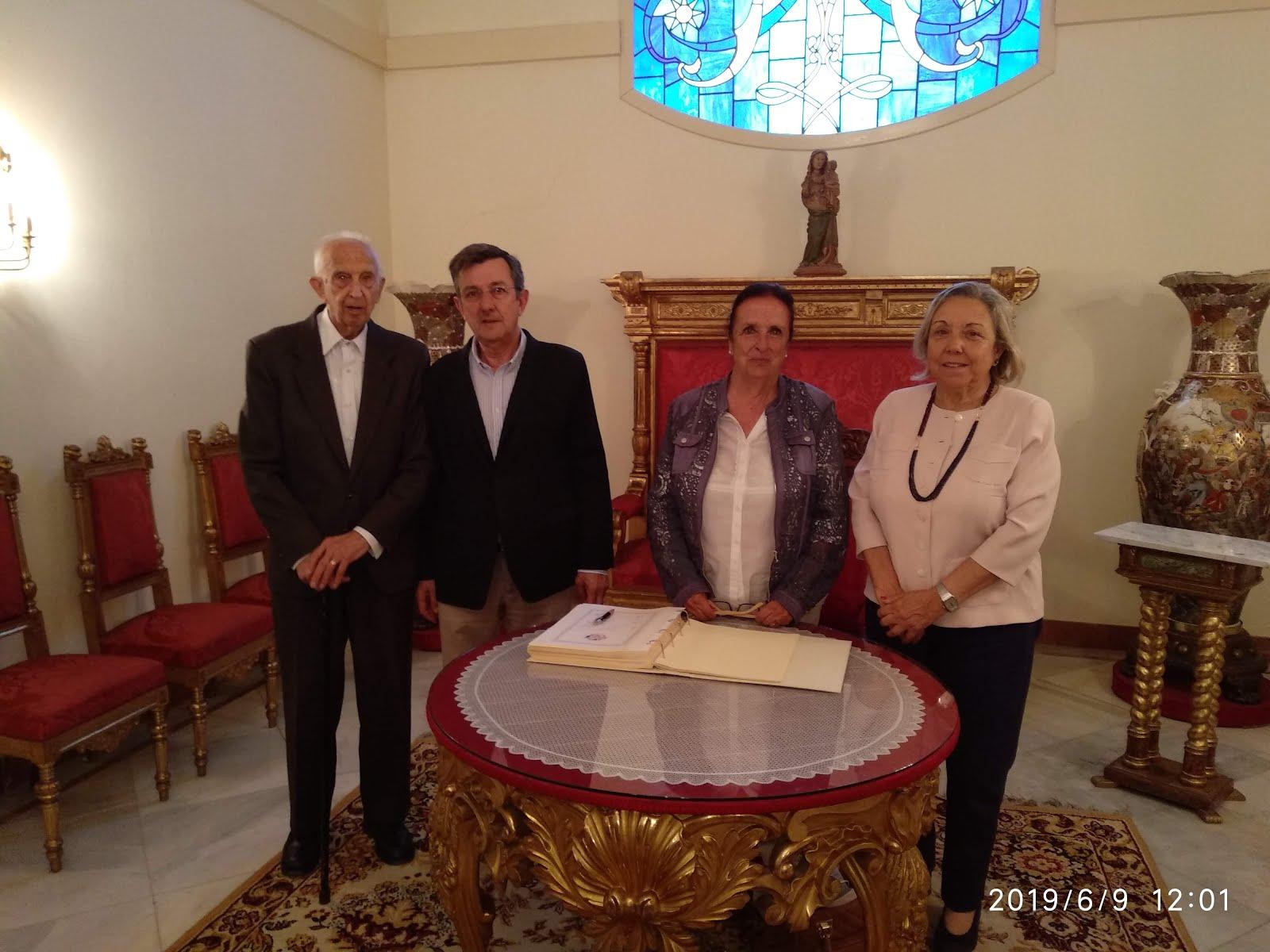 """Peregrinació anuals dels """"Amics de Gaudí"""" al Santuari"""