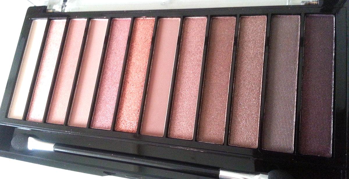 Makeup Revolution - Iconic 3 Redemption Palette