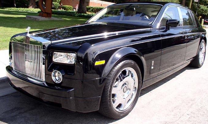 http://1.bp.blogspot.com/-PkmMkOPtUl4/UWPs-cg-kMI/AAAAAAAAAB0/FXI-2q4lKzU/s1600/Luxury-Car+1.jpg