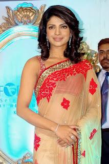 1216 - Red and Beige Priyanka Chopra Saree