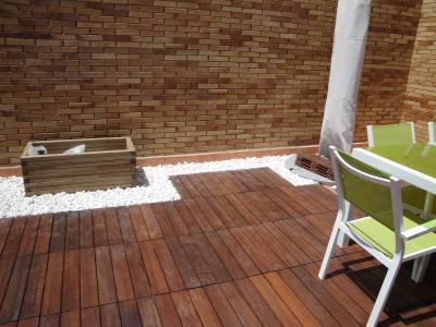 Suelos de madera para exteriores carpintero en almer a - Suelo para exteriores ...