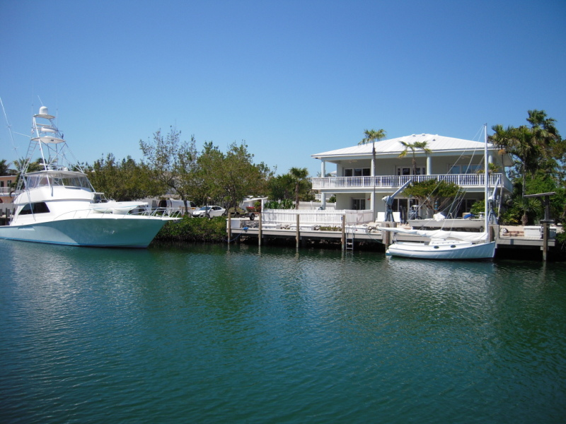 The florida keys real estate conchquistador just closed for Venetian shores