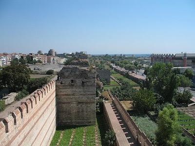 Foto Paredes de las murallas de Constantinopla