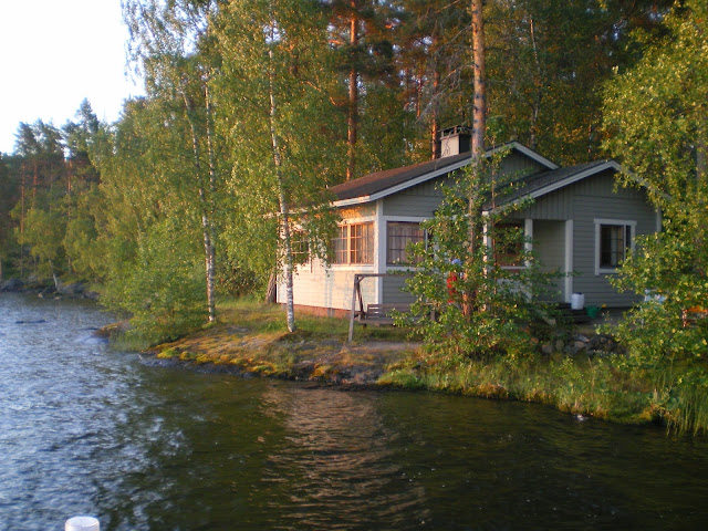 Summer cottage by lake Päijänne