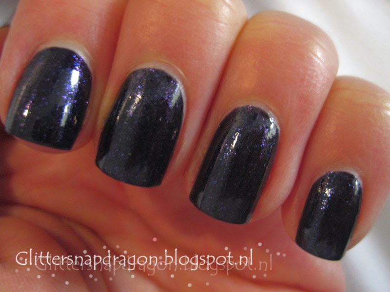 Nicole by OPI I'm a Pool For Love