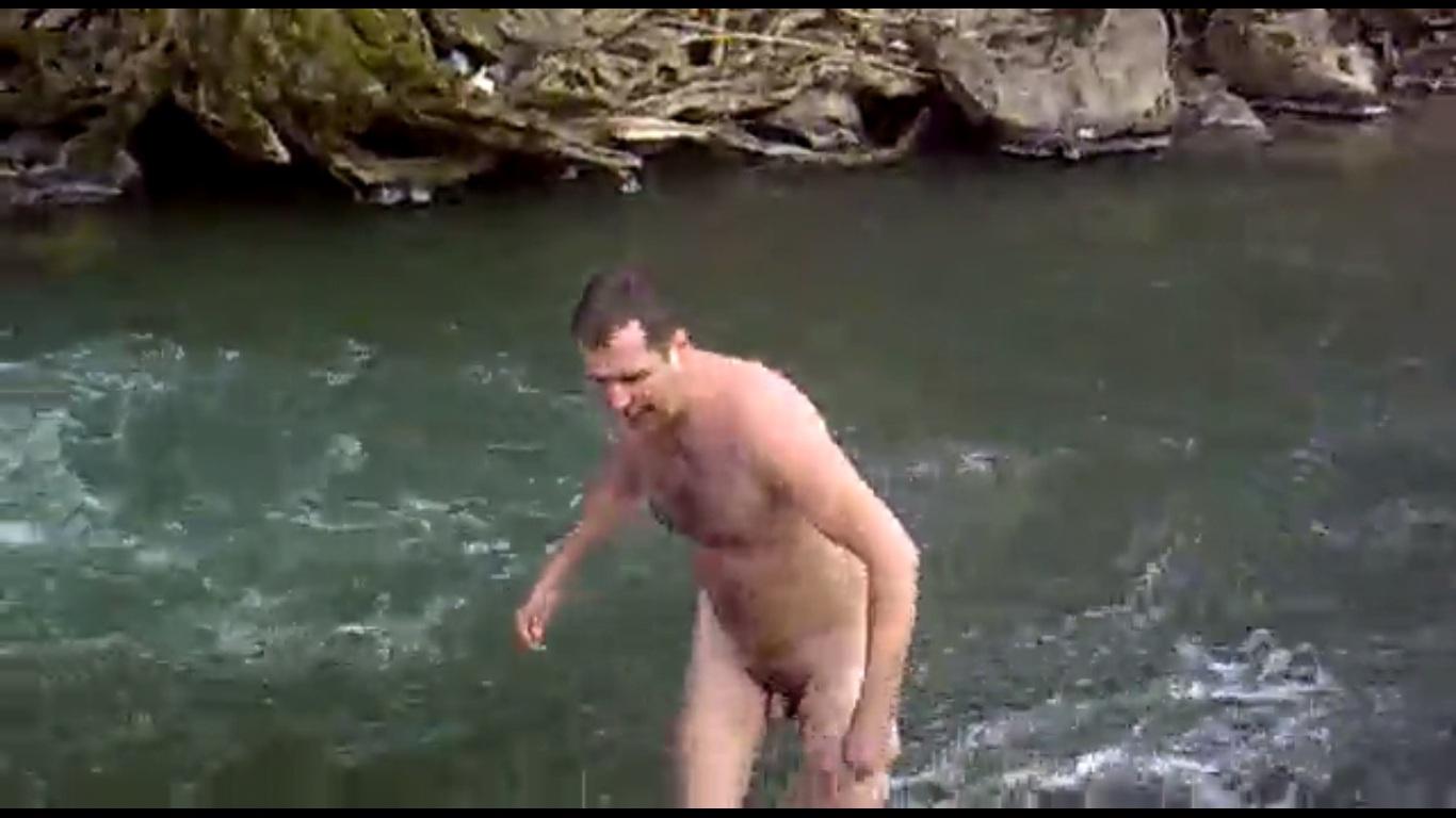 nude fat tight ass