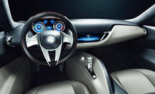 2016 Alfa Romeo 6C Interior
