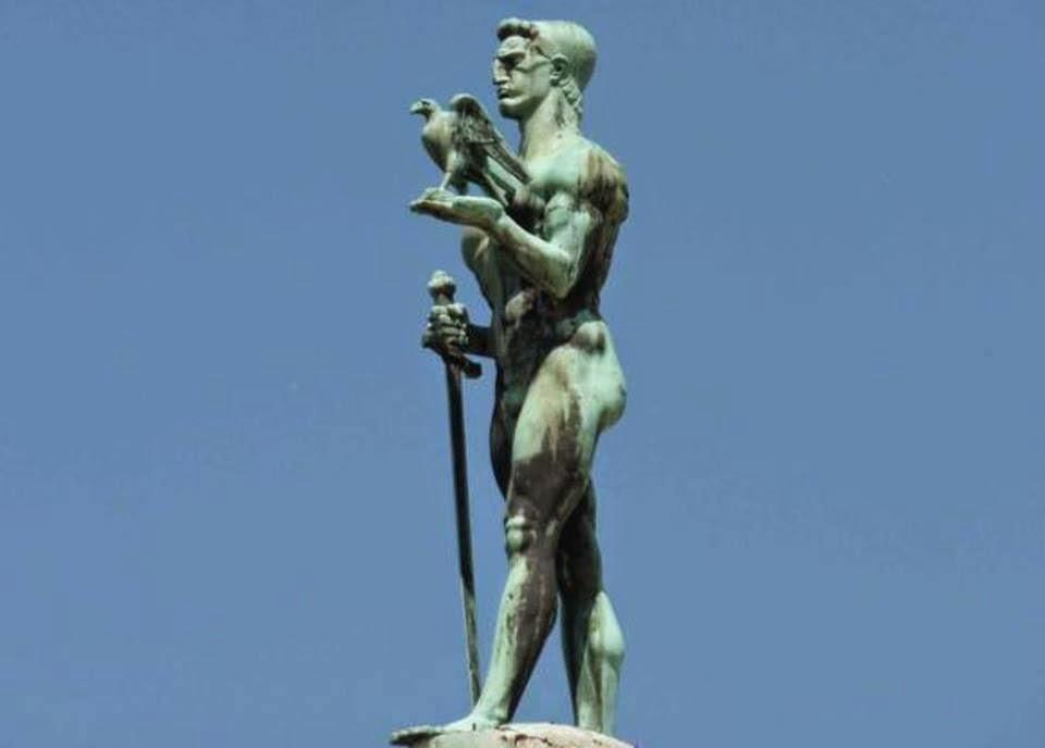 """""""La Statua della Vittoria"""" di Belgrado , dedicata agli albanesi ma i serbi non lo sapevano"""