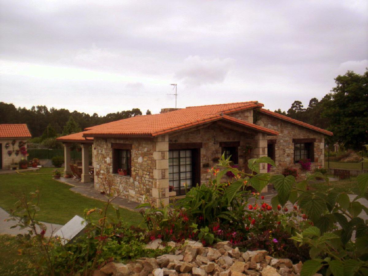 Construcciones r sticas gallegas casa en naron - Como decorar casas rusticas ...