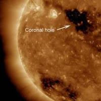 Astronom Temukan Lubang di Matahari