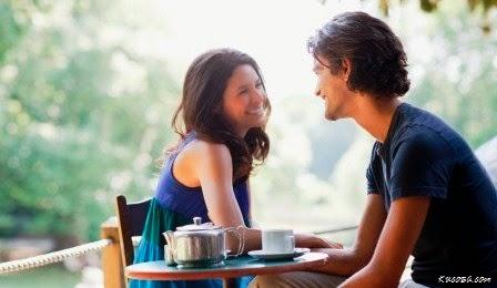5 Cara Meluluhkan Hati Wanita Yang Kita Sayangi