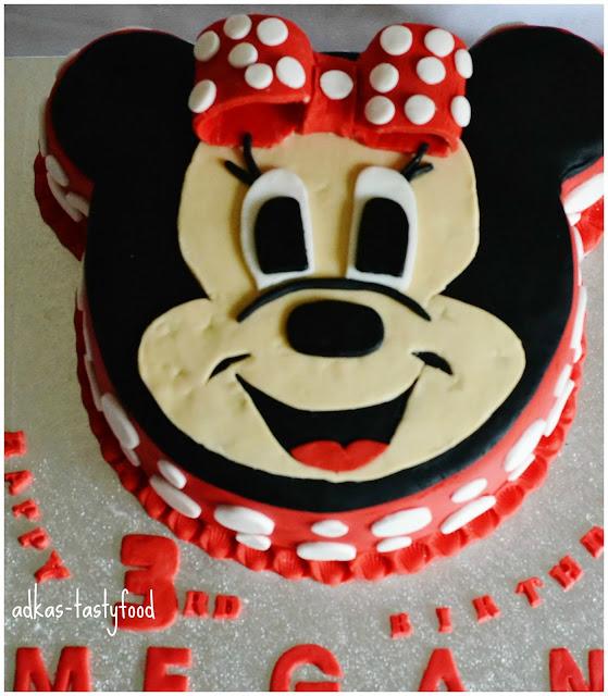 Minnie mouse torta a cupcakes - inšpirácia