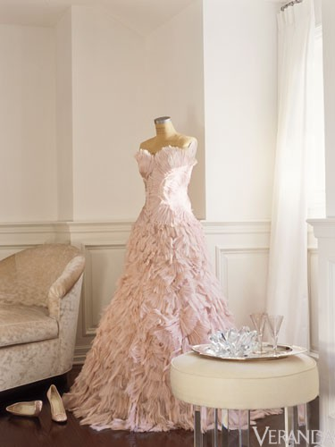 wedding wednesday: dress display | Through the Front Door