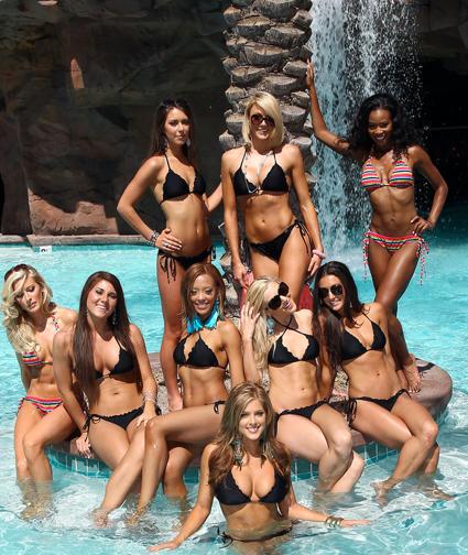 15 Hot Lineup Photos   Hot Chicks