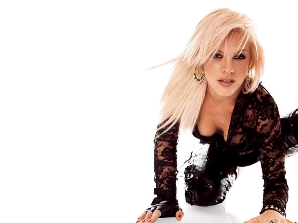 singer pink hd wallpapers high resolution pictures