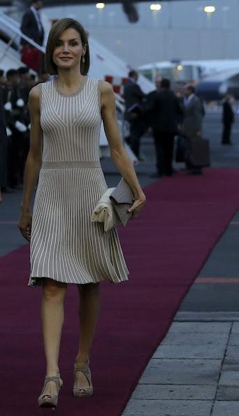King Felipe VI of Spain and Queen Letizia of Spain arrive in Mexico City