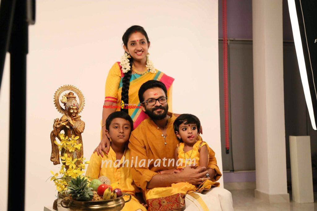 Jayasurya and Saritha Jayasurya Latest Cute Photo Shoot Stills for    Jayasurya Actor Wife