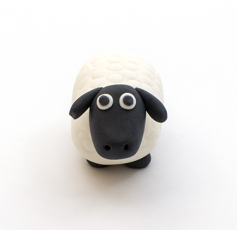 Sheep fondant figurine front up