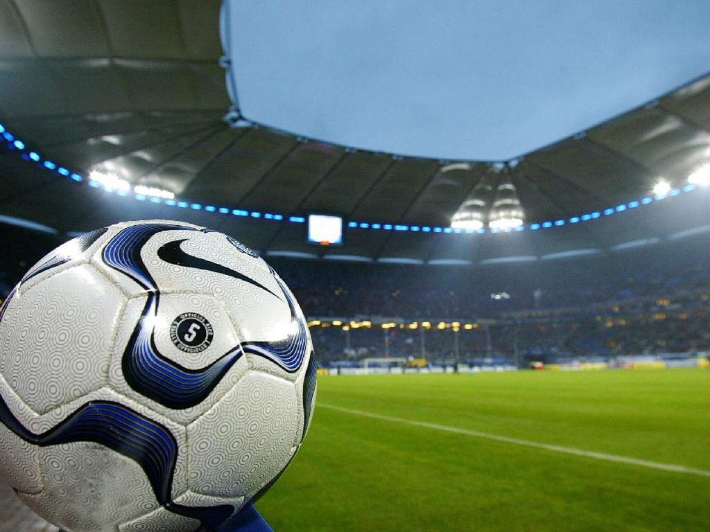 http://1.bp.blogspot.com/-PmLZshoz4tc/ThHN_5dWpFI/AAAAAAAAAWE/Iwe7TbmuqrU/s1600/wallpapers-bola-estadio-futebol.jpg
