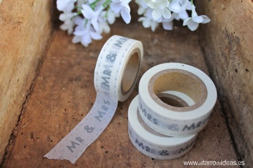 http://myinspiredwedding.com/weekly-wedding-ideas/wedding-invitations-sundays-washi-tape-wedding-invitation/