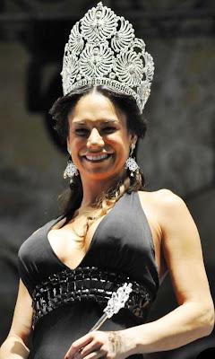 Lis Vega como una verdadera reina
