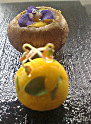 La perfezione della sfera, pralina di tuorlo 65° e germogli