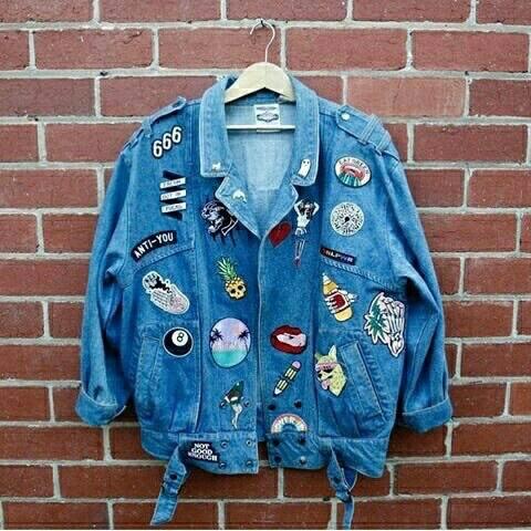 Nova moda, roupas com patches! + looks pra se inspirar
