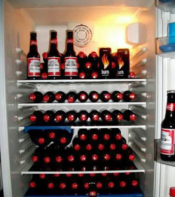 heladera llena de cerveza