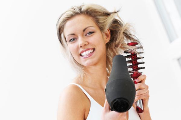 Kebiasaan Buruk Yang Menyebabkan Rambut Rontok