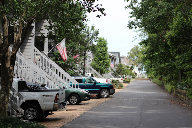 Waterfront Neighborhood in East Pensacola