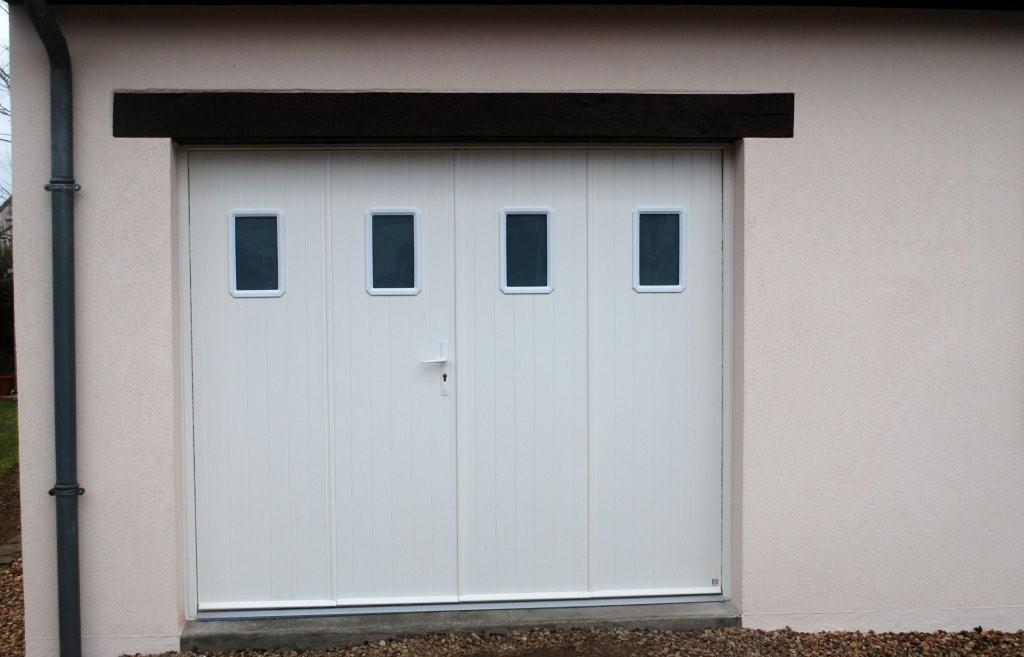 Jpv amenagement le journal porte de garage 4 vantaux aluminium - Porte de garage 3 vantaux aluminium ...