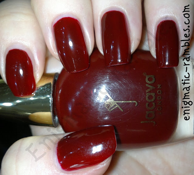 Swatch-Jacava-Red-Velvet