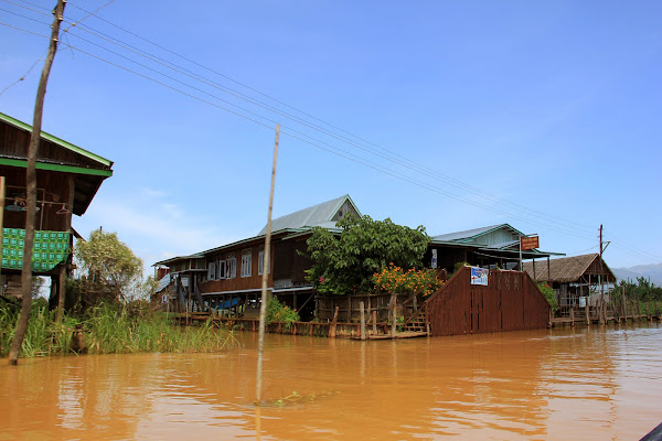 Pueblos flotantes del Lago Inle (Nyaungshwe)