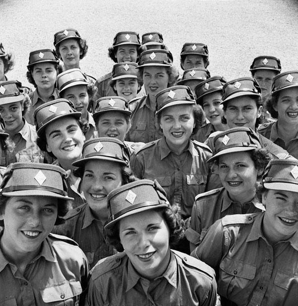Army Women  Beautiful Women Army  Canadian Women s Army  Love Women    Women In The Canadian Military