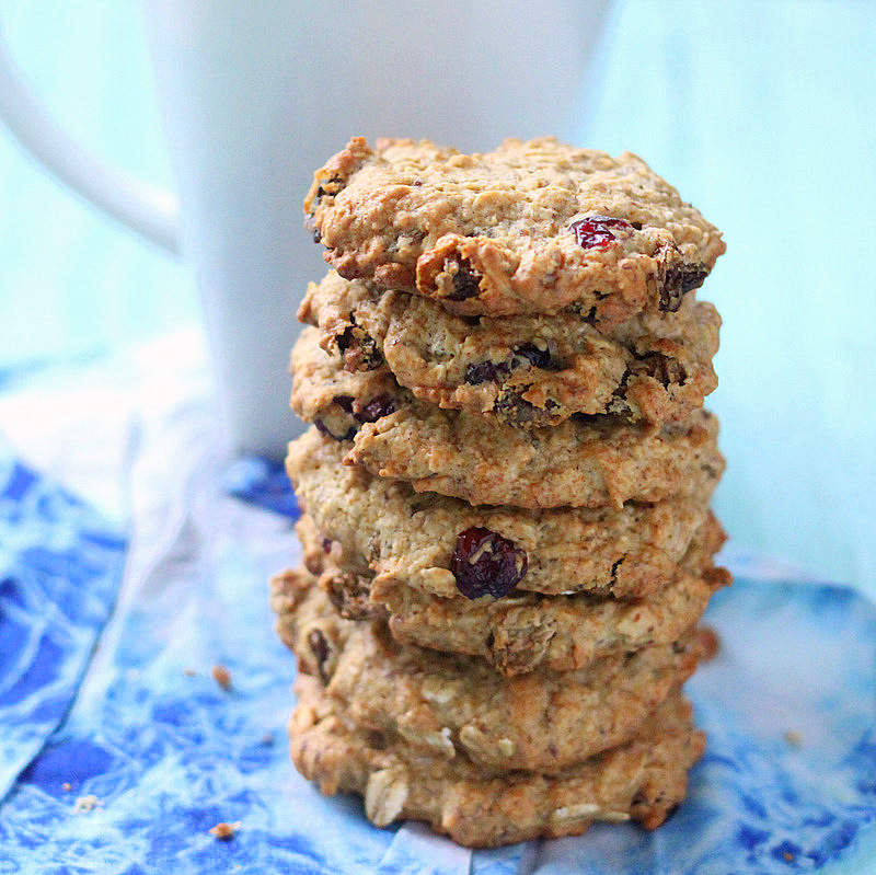 Pumpkin Oatmeal Cookies With Dried Cranberries & Chocolate Chips ...