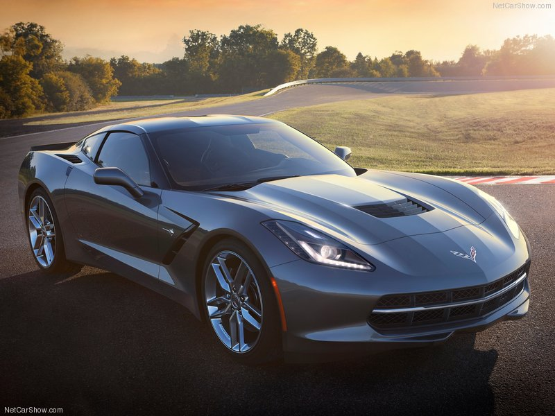 9 Things You Need to Know About the C7 Corvette