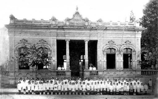 Grupo Escolar Cruz Machado