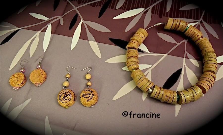 Francine bricole collier tour de cou et boucles d - Creation avec des bouchons ...